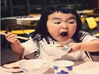 齐刘海女孩萌翻众人 细数明星中的表情帝图片