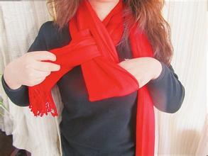 韩式围巾的系法图解 韩式围巾的系法视频 韩式围巾系法