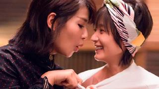 《欢乐颂2》刘涛扒王子文睡衣看胸 表情似还不够满意