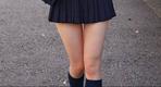 为何日本校服裙都很短