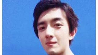 林更新晒照撞脸王思聪