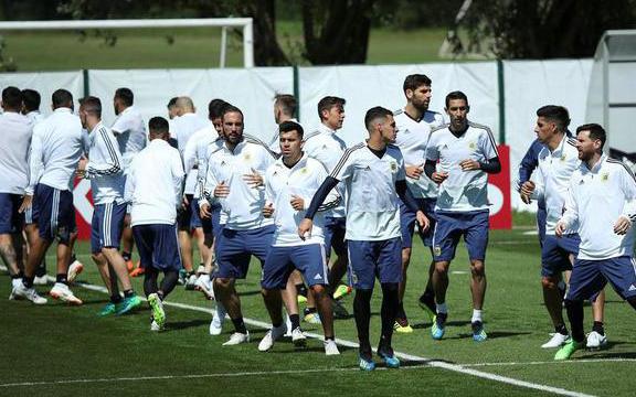 阿根廷VS冰岛 梅西能否回应C罗