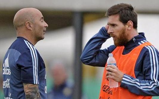 桑保利:我为失利负责 没能组织好球队配合梅西