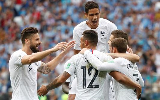 格里兹曼传射 法国2-0乌拉圭晋级4强