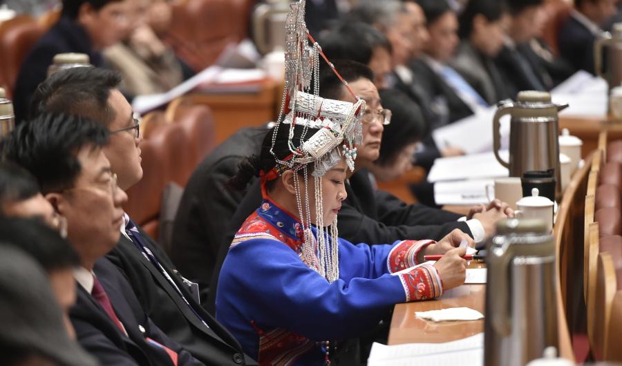 委员热议政府工作报告 建议大力推广南宋文化