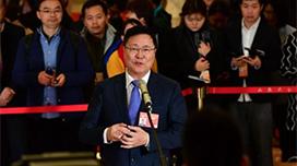 """政协委员王宁利:近视防控 关键在""""一减一增"""""""