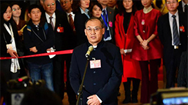 政协委员潘碧灵:保护江豚要靠保护长江 长江流域生态环境明显改善