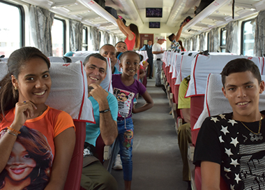 中国列车在古巴投入运行