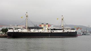 北洋海军旗舰定远舰