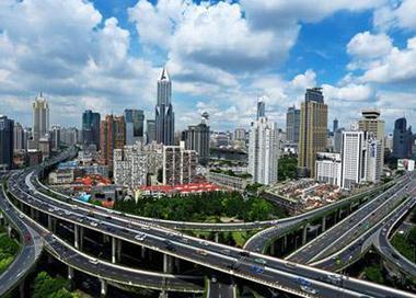 城区常住人口300万以下城市取消落户限制